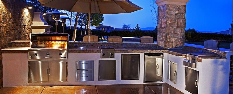 Outdoor Kitchens, Custom BBQ's, Stonework, & Outdoor living areas